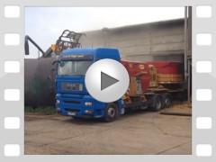 Mahl- und Mischdienst R. & M. Voigt, Video - mahlen von Stroh für einen Milchviehbetrieb